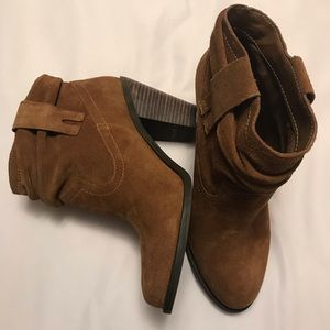 New 🍁Jessica Simpson Booties Suede Brown